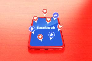 Facebook na tela de smartphone